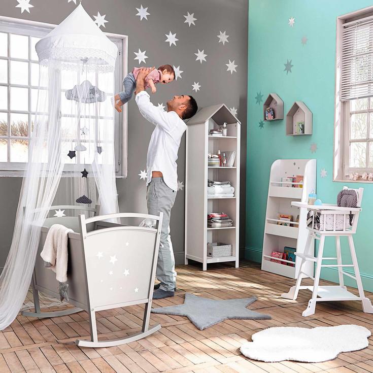 Inspiration d co 1 nuages toiles pour la chambre de - Chambre bebe etoile ...